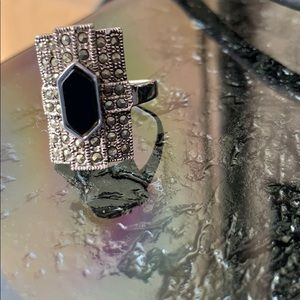 Jewelry - Black rectangle gothic ring